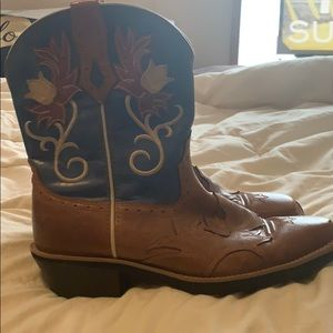 "Ariat Boots ""Whoababy"" size 8.5"